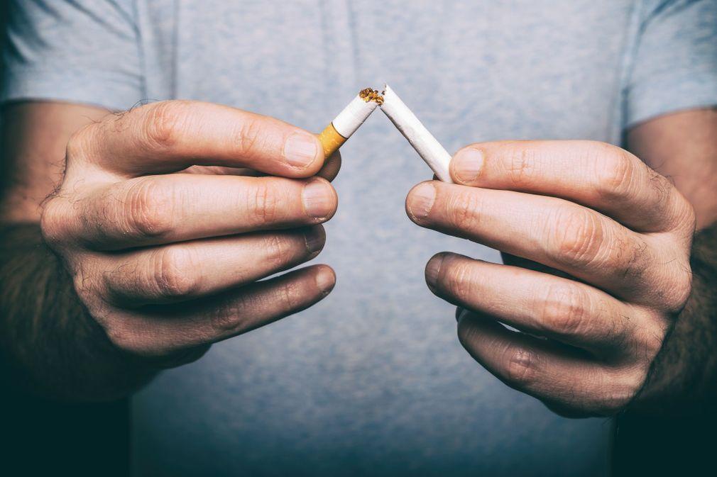 Qui aller voir pour arrêter de fumer ?